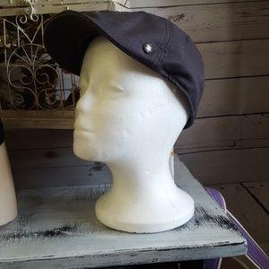 Perry Ellis hat